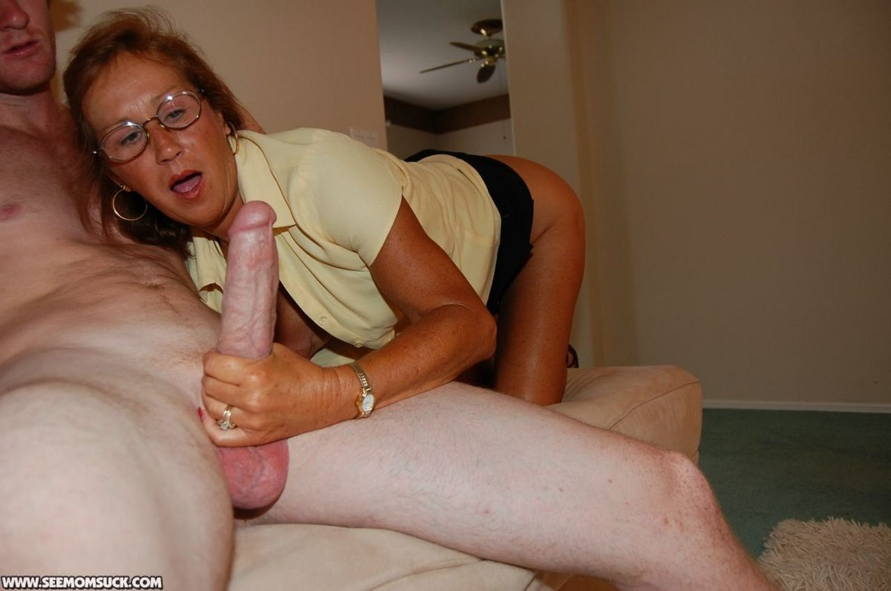 Rather milf cock sucking movies