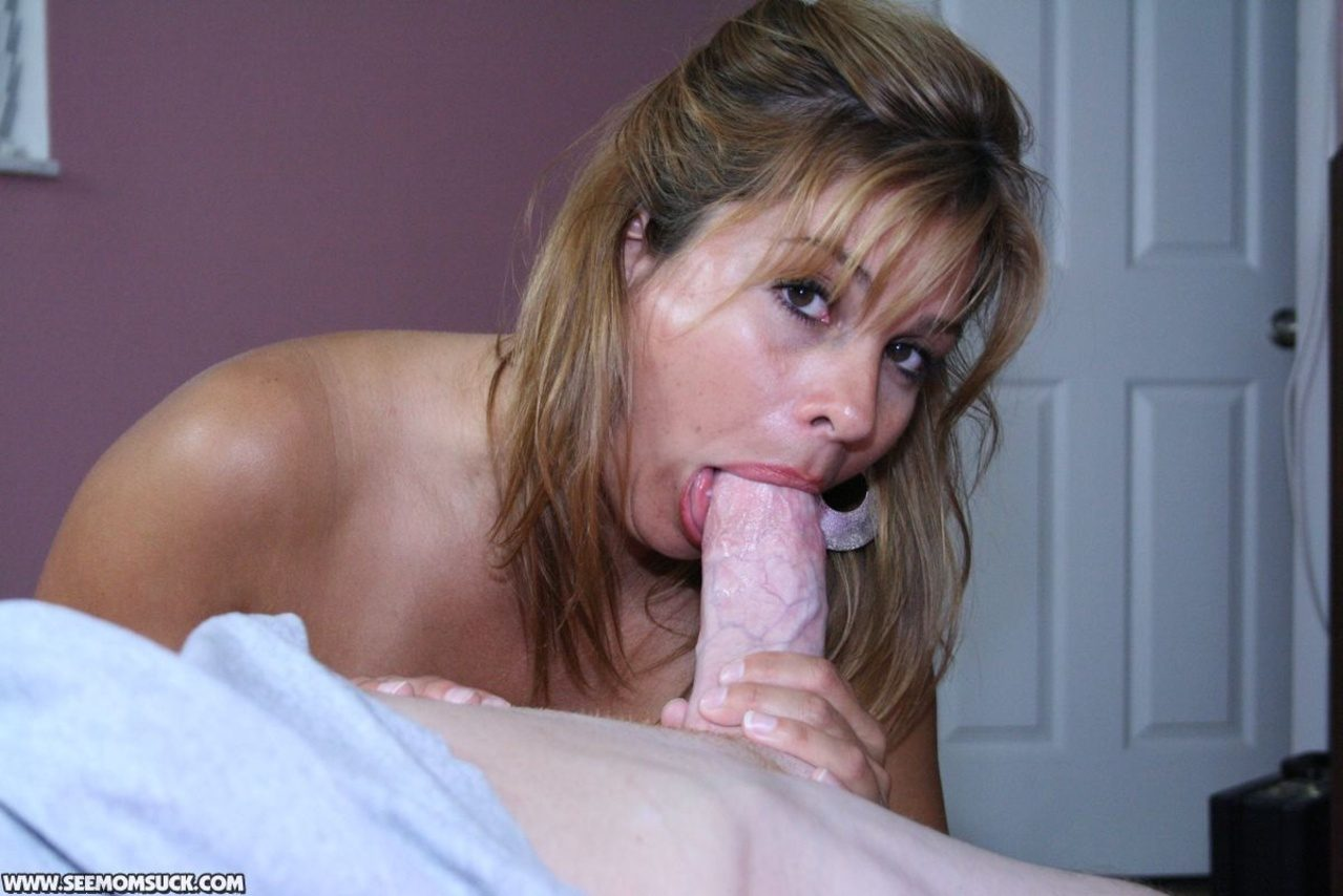 He wants to see his wife fucked by other men 9