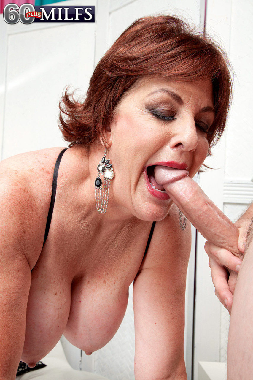Horny granny over 60 with hot pussy 7