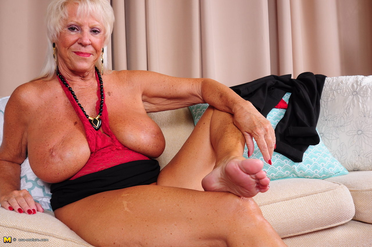 hot cgi foot job sbs 3d  XVIDEOSCOM